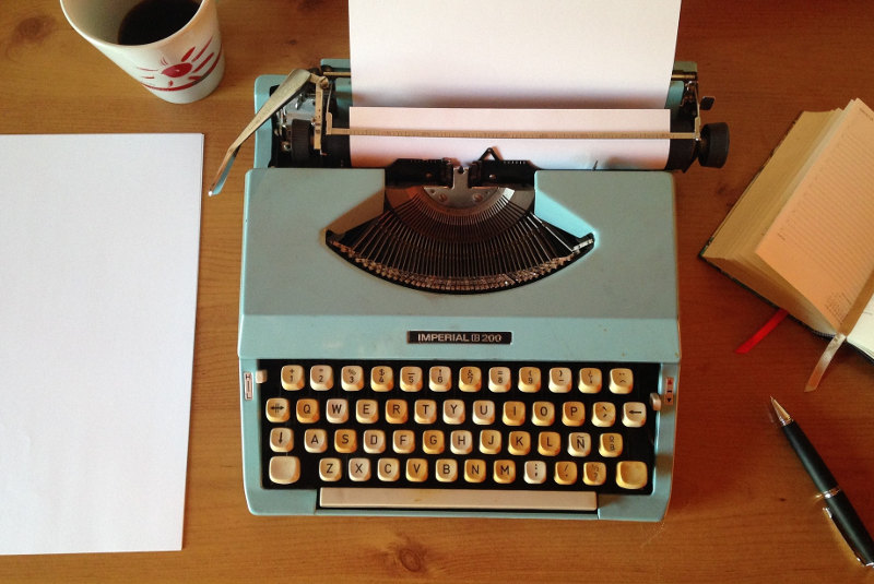 Schreibmaschine (Foto: LibelSanRo – pixabay.com)